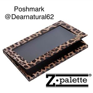 Large Z Palette for #Makeup